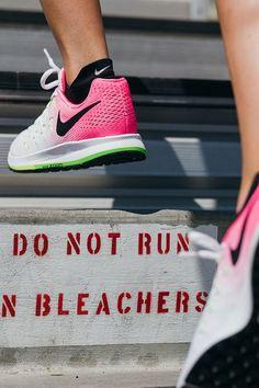 huge discount ada9e d1b2b Wherever your run takes you, the NikeWomen Air Zoom Pegasus 33 Running Shoe  is versatile