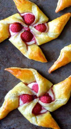 raspberry cream cheese pinwheels