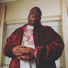 An Official Notorious B. 'One More Chance' Documentary Is in the Works: The first Biggie documentary approved by the late rapper's estate. Biggie Smalls, Hip Hop And R&b, Hip Hop Rap, Tupac Und Biggie, Notorious Biggie, Paper Magazine, Tupac Wallpaper, Rapper Delight, Puff Daddy