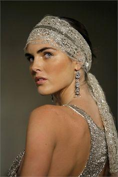 Hilary Rhoda with a beaded headband - Vogue. Headpiece Wedding, Bridal Headpieces, Estilo Gatsby, Silvester Make Up, Hilary Rhoda, Moda Vintage, Glamour, Fashion Models, Celebrities Fashion