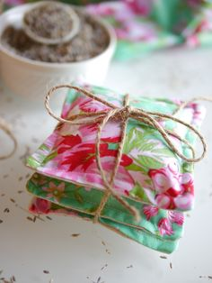 DIY lavender sachet project - everythingetsy.com