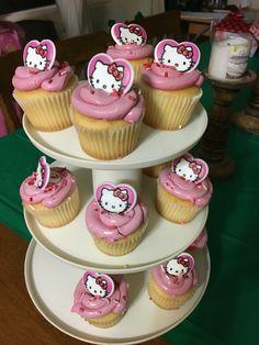 J'zara's first birthday take1: Hello Kitty cupcakes