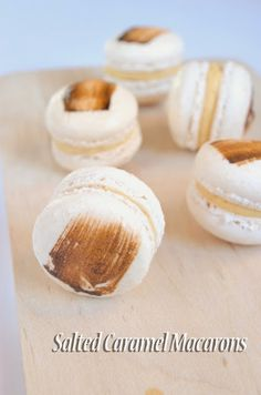 Sweets and Loves: Salted Caramel Macarons