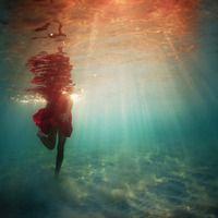 http://www.elenakalisphoto.com - Underwater Photography