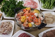 Zomato Food Guide: Most Popular Chinese Restaurants in Manila - Yahoo She Philippines Chinese Restaurant, Most Popular, Foodie Travel, Manila, Restaurants, Philippines, Dishes, Chicken, Food Trip