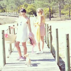 Vestidos de alças cruzadas, amovíveis e com diferentes padrões.  PVP - 65.95€  Encomendas - choacollection@gmail.com