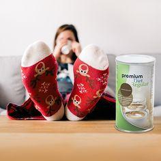 Brit kutatók szerint minden harmadik ember tesz fogyókúrával vagy életmódváltással kapcsolatos újévi fogadalmat. Hogy valóban így van-e, azt igazolni vagy cáfolni sem tudjuk. Az viszont biztos, hogy ha Ön is tett diétára vagy fogyókúrára vonatkozó ígéreteket, elsősorban kitartásra és alapos körültekintésre lesz szüksége... Brit, Minden, Christmas Stockings, Holiday Decor, Needlepoint Christmas Stockings, Christmas Leggings, Stockings