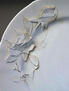 Conceptual ceramics by Caroline Slotte
