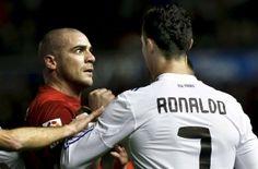 """'El Rifle' Pandiani dispara contra Cristiano Ronaldo: """"Tanto lloraste que te lo dieron. Felicitaciones!!! Pero sos el mejor del momento no del 2013!! [pic.twitter.com/W9RKygkeLV]"""