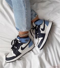 Jordan 1 Retro High Obsidian UNC - Since its debut in the Air Jordan 1 has been a cultural monument, breaking barriers between t - Dr Shoes, Hype Shoes, Me Too Shoes, Sock Shoes, Baby Shoes, Jordan Shoes Girls, Jordan Outfits, Girls Shoes, Jordan 11 Outfit