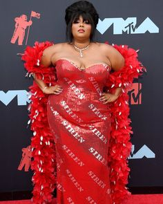 VMAs da MTV Moda - viva do tapete vermelho - Celebrities prints style - Gowns Hip Hop Underground, Celebrity Red Carpet, Celebrity Look, Celebrity Dresses, Cardi B, Jennifer Lopez, Missoni, Beyonce, Taylor Swift