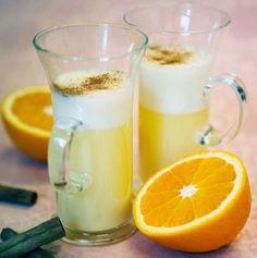Gör en äggtoddy med smak av apelsin. Fantastiskt gott och enkelt. Testa vårt recept på äggtoddy - med eller utan alkohol.