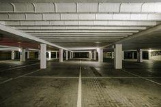 https://flic.kr/p/FwNkND | Greetings from the dark | Car park in the dark