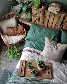 Bohemian Decor Inspiration Home decor bohemian bohohome inspiration Cozy Bedroom, Room Decor Bedroom, Dorm Room, Upcycled Home Decor, Deco Design, Minimalist Bedroom, My New Room, Bohemian Decor, Room Inspiration