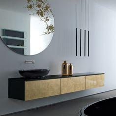 CHOSEN contrast of shapes: round mirror, vertical pendants, horizontal bench. nice Round - RIFRA