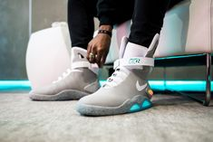 Reflecting Upon the Future: A Recap of the Nike MAG Presentation in NYC Rare Sneakers, Sneakers Fashion, Fashion Shoes, Adidas Sneakers, Shoes Sneakers, Mens Fashion, Custom Sneakers, Street Fashion, Nike Air Mag