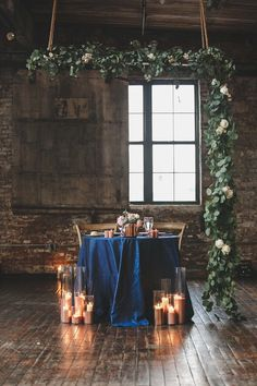 It's official: We have a new color of the year! Yesterday, Pantone announced its Color of the Year for and we're totally here for it. Burgundy Wedding Colors, Rustic Wedding Colors, Fall Wedding Colors, Green Wedding Centerpieces, Sky Blue Weddings, Classic Wedding Invitations, Elegant, Pantone 2020, Sweetheart Table