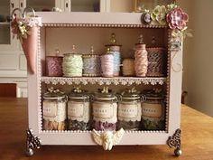 Naaikastje/sewing cabinet