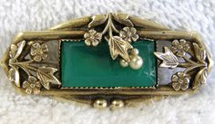 antique victorian brooch pin green glass seed