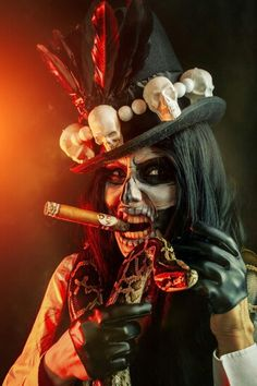 Baron Samedi Portrait by elenasamko on DeviantArt Witch Doctor Costume, Voodoo Costume, Voodoo Halloween, Halloween Costumes, Dark Fantasy Art, Fantasy Artwork, Dark Art, Voodoo Doll Tattoo, Voodoo Dolls