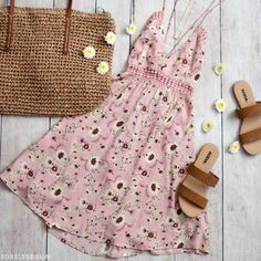 Summer Outfit Inspo- Cute Summer Outfit Layouts, Summer Dress Layouts, How To Style Summer Dresses, Pink Floral Dresses, Floral Summer Dresses, Summer Outfit Inspiration Layout, Summer Outfit Ideas, Cute Summer Dresses Outfit Ideas, Summer Dresses with Sandals, Cute Dresses With Sandals, Summer Fashion, Summer Fashion Inspo, Pink Summer Dress Layouts, Fashion Layouts, Summer 2018