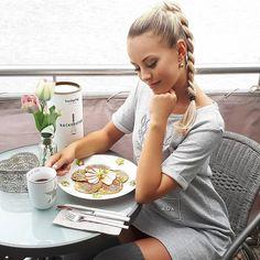 Lara Fashion, Fitness, Couple, Acre, Advertising