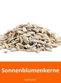 Sonnenblumenkerne | eatsmarter.de Cereal, Breakfast, Food, Vegetarian, Healthy Food, Clean Foods, Fruit, Morning Coffee, Essen