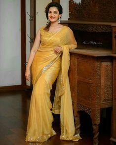 Party Wear Sarees Online, Kurti Sleeves Design, Saree Photoshoot, Bollywood Girls, Beautiful Indian Actress, Beautiful Women, Saree Styles, Indian Beauty Saree, Indian Designer Wear