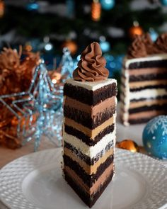 Cheesecake de ciocolata - cheesecake copt delicios - simonacallas Chocolate Caramel Cake, Caramel Frosting, Chocolate Flavors, Biscuit Cookies, Sandwich Cookies, Pastry Recipes, Cookie Recipes, Snickers Cheesecake, Cupcakes