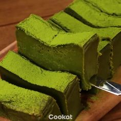 Green Tea (Matcha) Cake with White Chocolate Frosting Recipe - Couple Eats Food Green Tea Recipes, Sweet Recipes, Cake Recipes, Dessert Recipes, Matcha Dessert, Matcha Cake, Mochi, All You Need Is, Easy Desserts