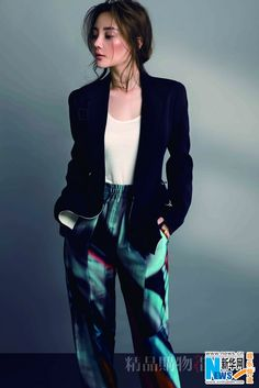 Chinese actress Li Xiaolu  http://www.chinaentertainmentnews.com/2015/10/chinese-actress-li-xiaolu-poses-for.html