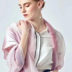 Archívy Šále a šatky - hodváb + polyester - Hodvábne výrobky Modeling, Blazer, Jackets, Women, Fashion, Down Jackets, Moda, Modeling Photography, Fashion Styles