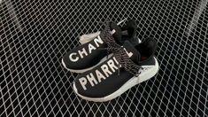 Black White, Adidas Nmd R1, Hot, Sneakers, Fashion, Black And White, Tennis, Moda, Slippers