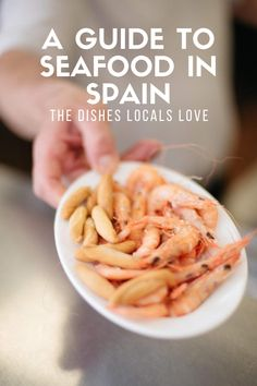Seafood in Spain is fresh, delicious, and present in some of the most authentic and traditional recipes across the country. Often it's so good on its own that it won't need any more than a drizzle of excellent Spanish olive oil and some salt! Keep an eye out for these typical seafood dishes in Spain and be sure to try one (or all of them!) on your next trip. Tapas Recipes, Shrimp Recipes, Easy Family Meals, Quick Meals, Spanish Food, Spanish Style, Easy Spanish Recipes, Rome Food, Tapas Party