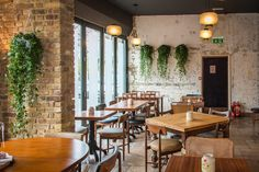 HAUNT, 182 STOKE NEWINGTON ROAD, N16 7UY Fresh and exciting new Bar and Kitchen