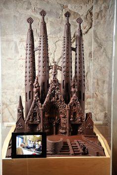 Lekkere reproductie van de Sagrada Família in het Chocolademuseum van Barcelona http://bezoekbarcelona.blogspot.com/2012/07/chocolademuseum-van-barcelona.html
