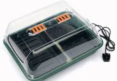 Heated Plant Propagator as a cheap replacement for brooder
