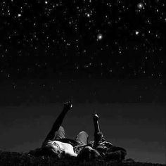Cuddle up for a night of star gazing ;))