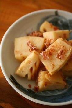 Bamboo Shoots Simmered in Broth with Dried Bonito Flakes 筍の土佐煮