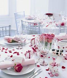 Wedding: IDEAS FOR THE RECEPTION http://justmarriedyou.blogspot.com/2010/08/ideas-for-reception.html?m=1