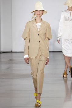 Jil Sander Spring 2016 Ready-to-Wear Fashion Show - Kirin Dejonckheere