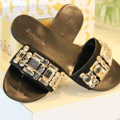 Flat Chic- Pra usar noite e dia! #shoestock #rasteira #flat #shoes #summer #verao2014 - Ref 4.04.0979