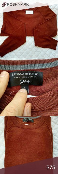 Banana Republic men's Italian yarn sweater Small Soft Rusty red/orange color, soft feel, light weight.  Great spring and fall sweater, as well as layering options.  Merino sweaters are known to be light weight and good looking! Banana Republic Sweaters Crewneck