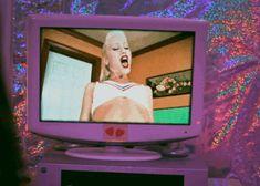 gif TV Grunge 90's retro Gwen Stefani alien gwen stefani ...