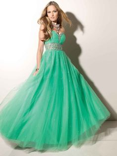 A-line Sweetheart Sleeveless Tulle Prom Dresses With Beaded #BK436