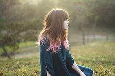 Pink dip dye. I'm really liking this. Considering doing it.