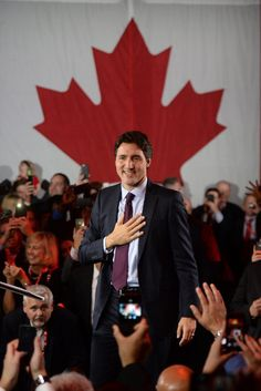 """Canadian Prime Minister Justin Trudeau said on Saturday that his country will welcome """"those fleeing persecution, terror and war,"""" regardless of their faith. Pm Trudeau, Trudeau Canada, I Am Canadian, Canadian History, Justin Trudeau Family, Justin James, Inspirational Leaders, Popular People, O Canada"""