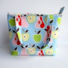 Quick Zip Lunch Bag-use this for knitting project bag