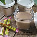 Ingrédients - 40 cl de lait - 15 cl de crème liquide - 10 carambars - 2 oeufs - 15 g de sucre  Recette de la... Creme Dessert Thermomix, Mousse Dessert, Flan, Biscuits, Caramel, Deserts, Veggies, Food And Drink, Pudding