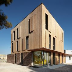 Gallery - Extension of the St Jean de Vedas Technical Center / Chrystelle Sanaa - 12
